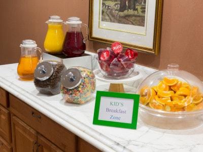 Fresh Fruits & Cereals